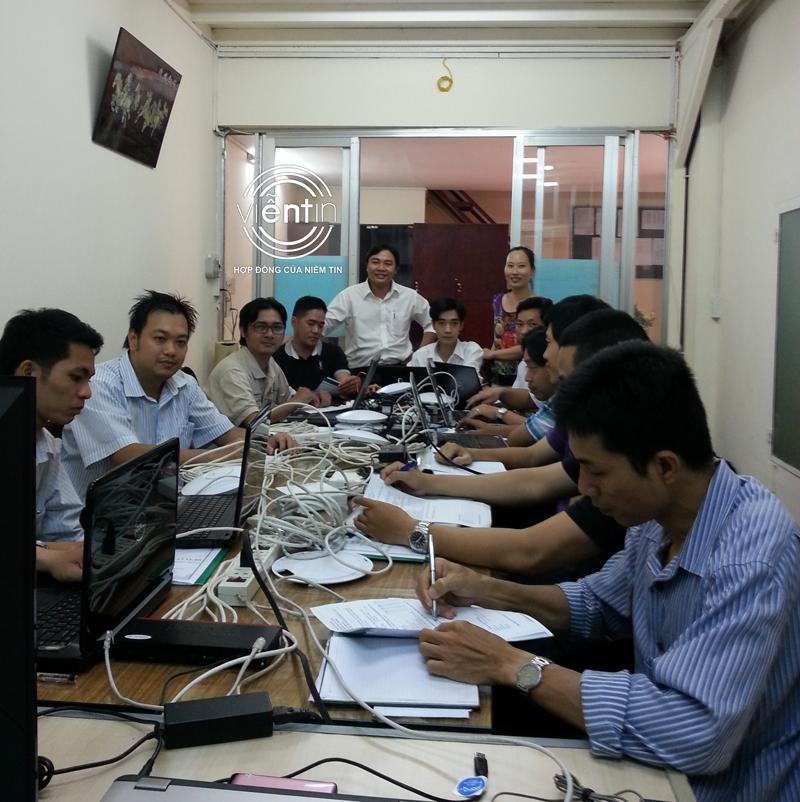KHÓA 08/2015: HUẤN LUYỆN PHỦ SÓNG WIFI (UEWA)